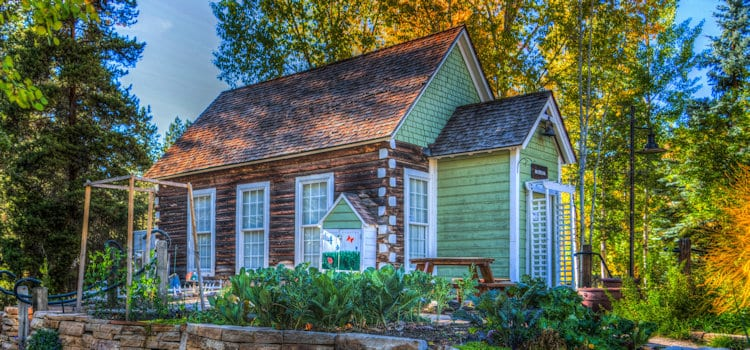 Eliminate Stress When Downsizing Your Home: 3 Critical Tips